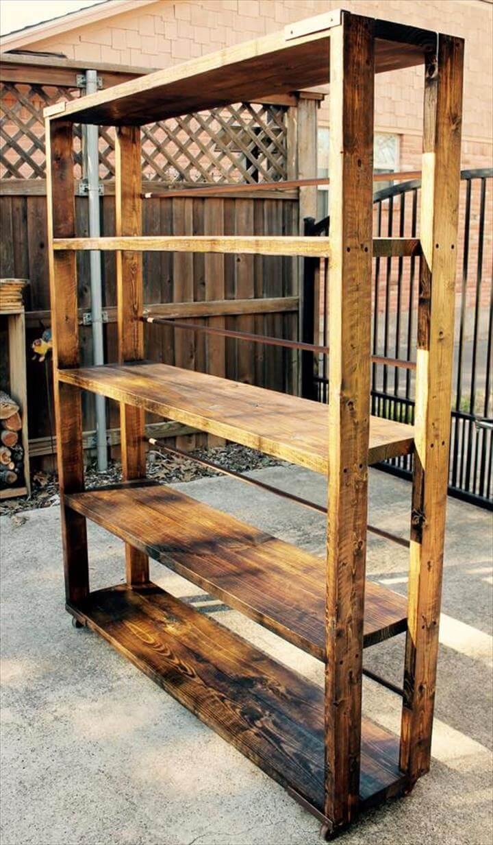 diy reclaimed pallet bookshelf bookcase 99 pallets. Black Bedroom Furniture Sets. Home Design Ideas