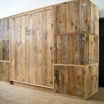 Build a Dressing Room with Pallets for Free!!