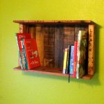 Box Style Pallet Bookshelf for Wall