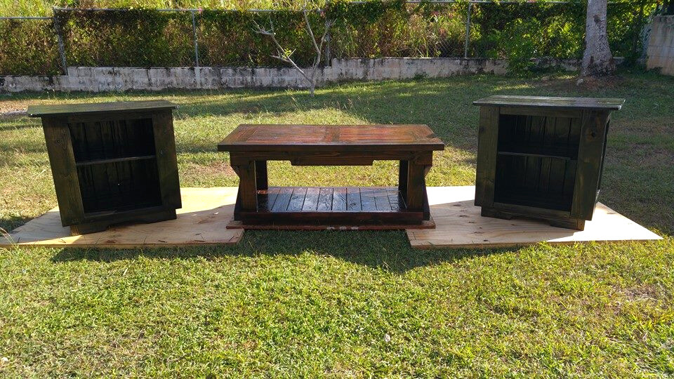 no-cost pallet coffee table and side tables