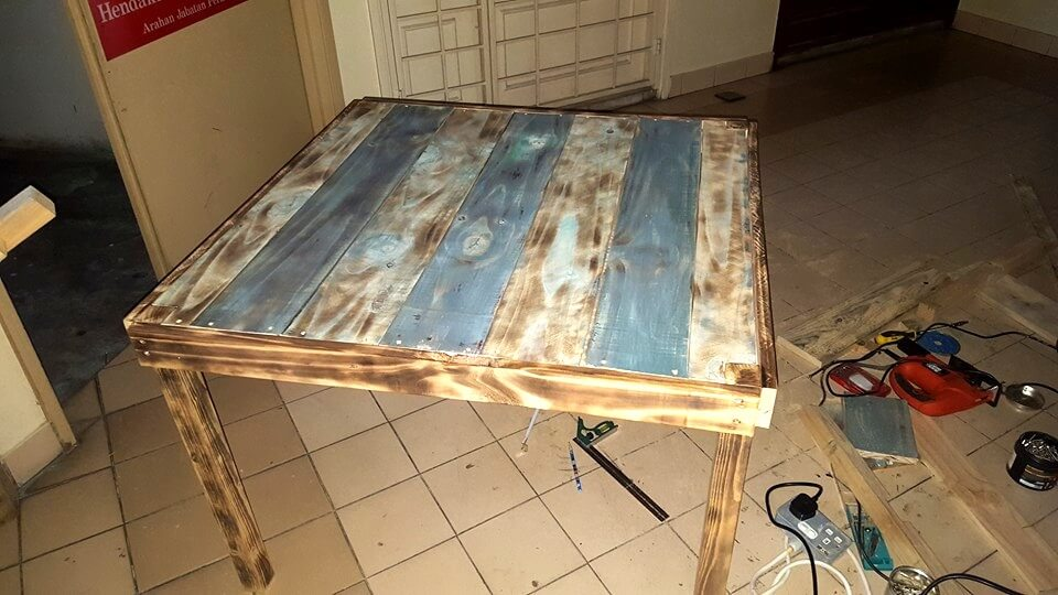 Wooden pallet outdoor table