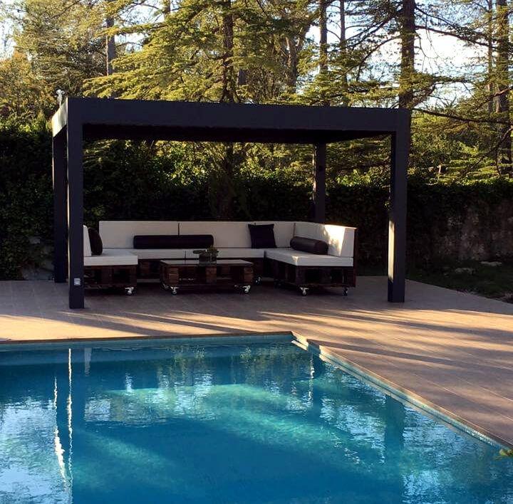 no-cost pallet poolside sofa set