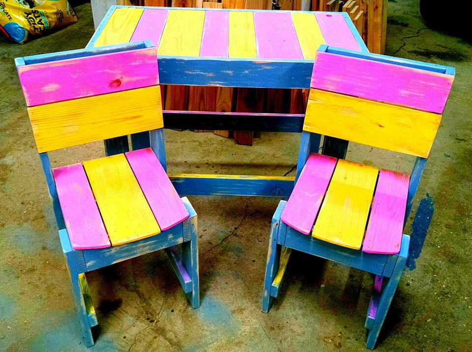 wooden pallet colorful kids furniture