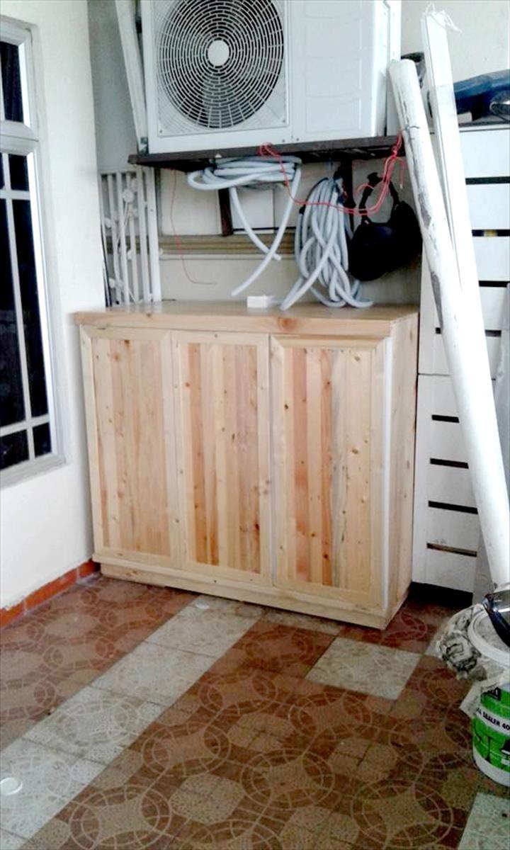 Wooden pallet storage cabinet