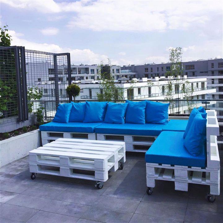 pallets wood terrace furniture set 99 pallets. Black Bedroom Furniture Sets. Home Design Ideas