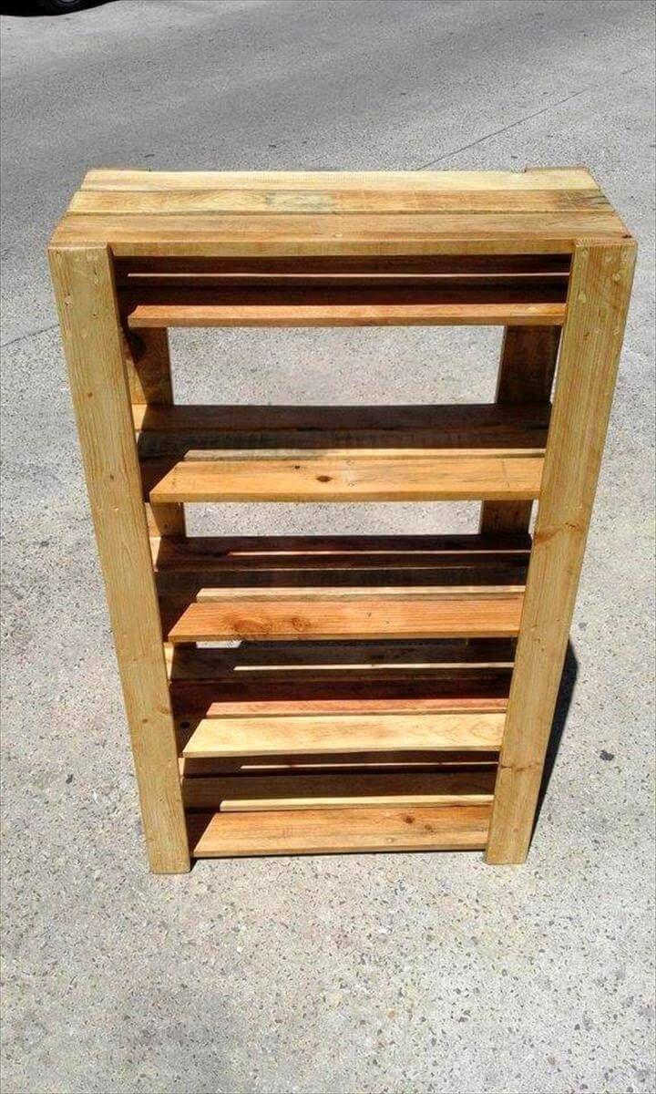 Easy to Make Pallet Shoe Rack