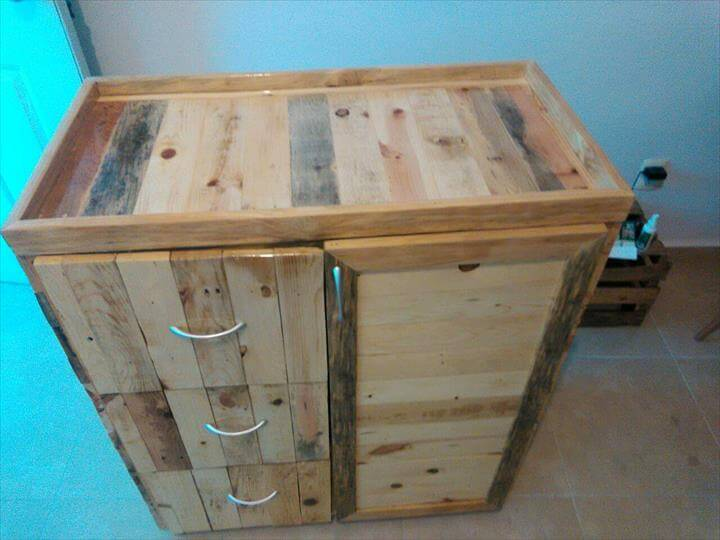 no-cost pallet chest of drawers