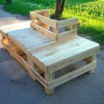 Around the Tree Pallet Bench