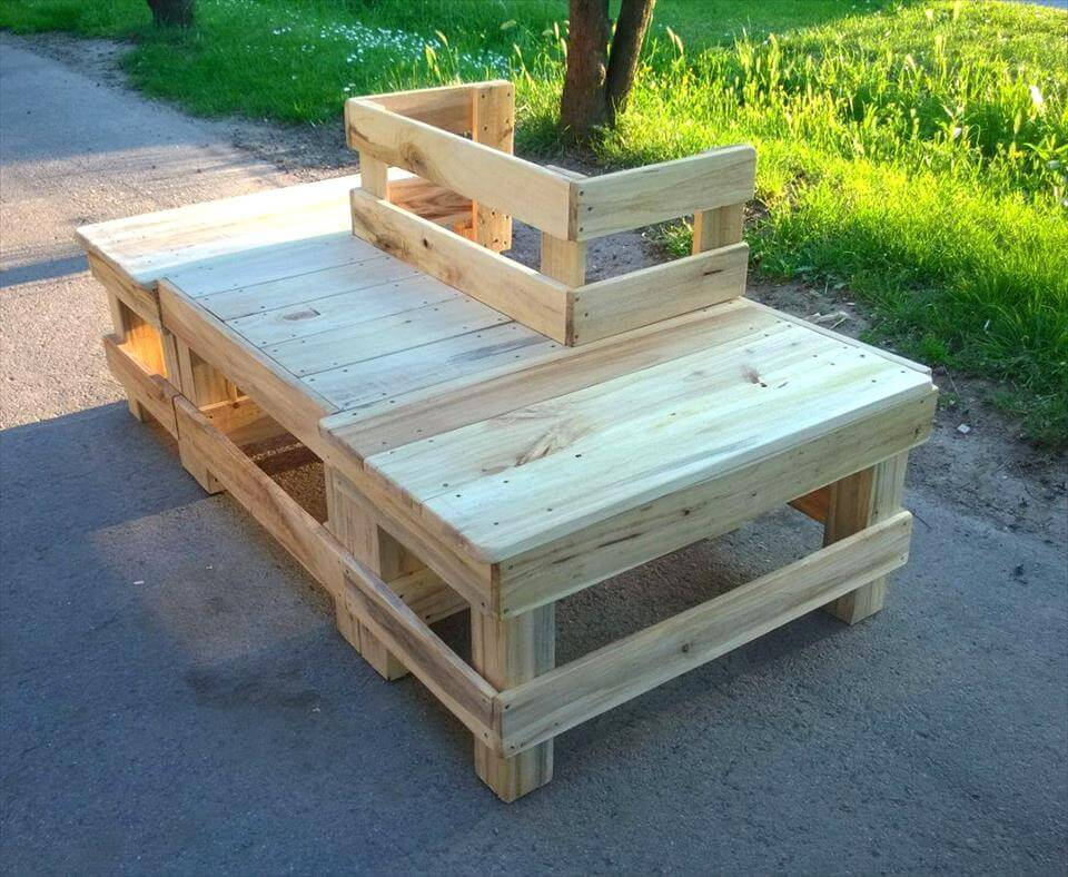 around the tree pallet bench 99 pallets