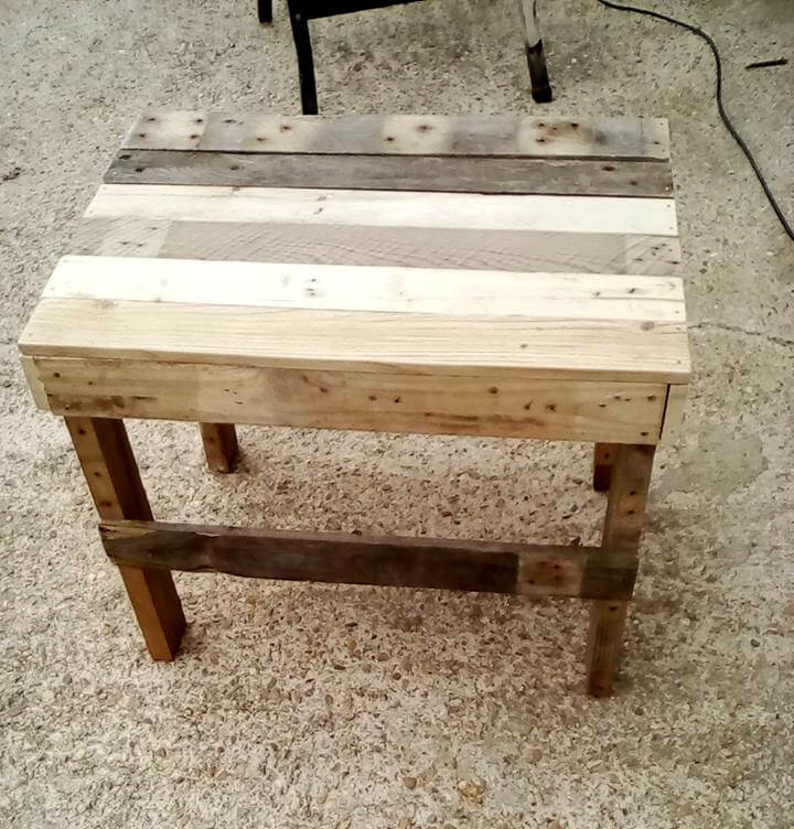 no-cost pallet end table