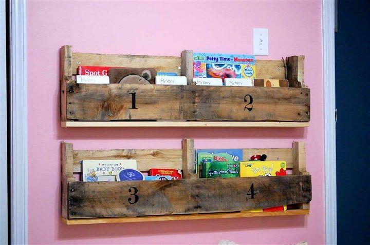custom wooden pallet bookshelves