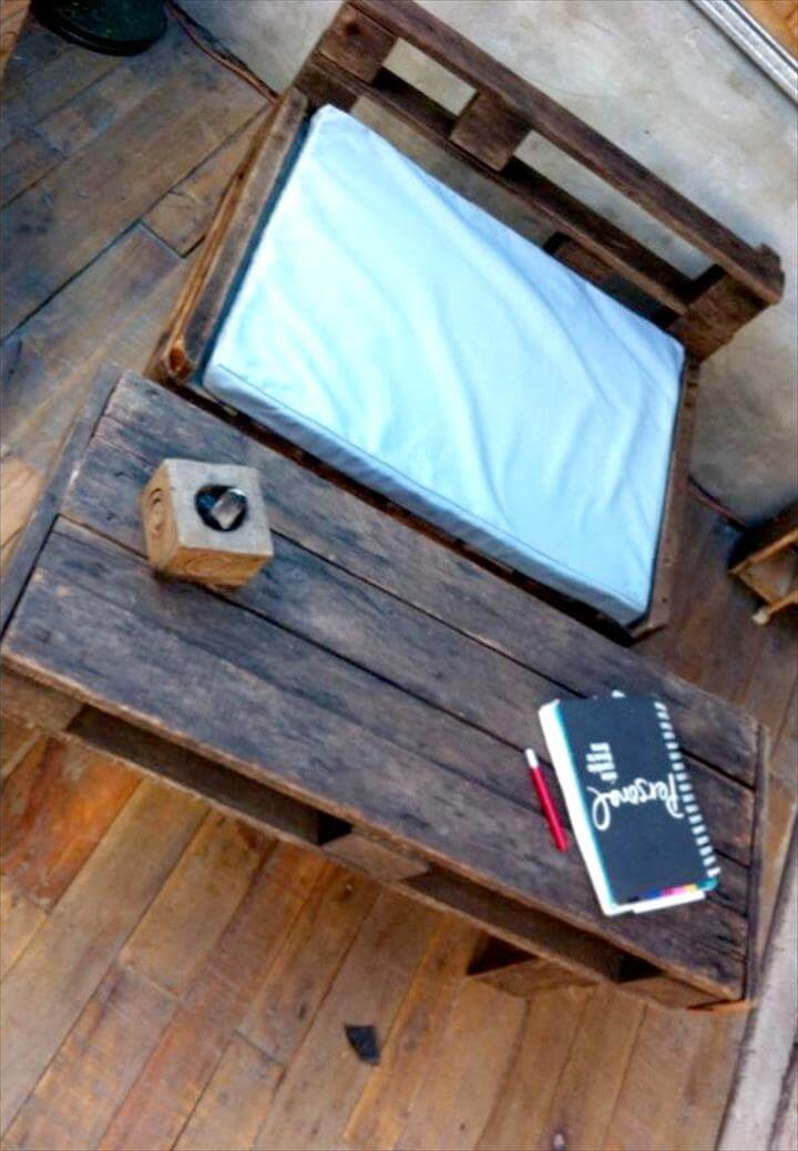 Wooden pallet table with chair