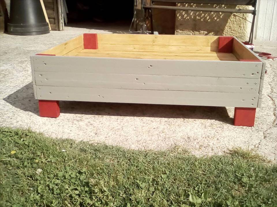 wooden pallet pet bed