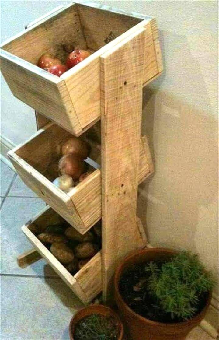 Repurposed Pallet Vegetable Organizer