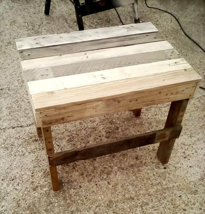 recycled pallet mini table