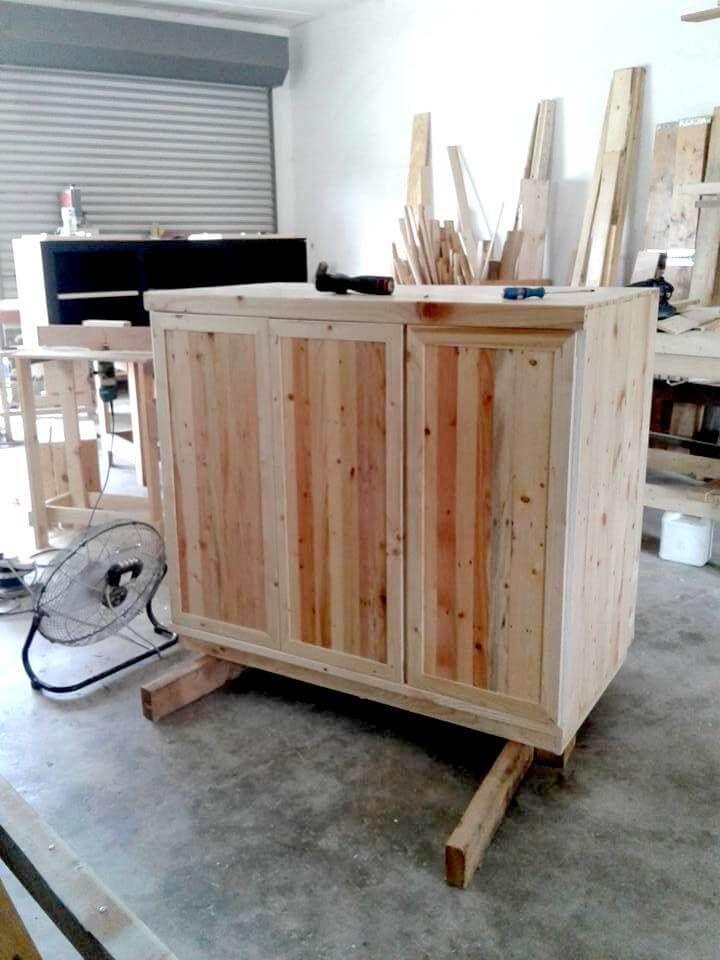 Reclaimed pallet storage cabinet