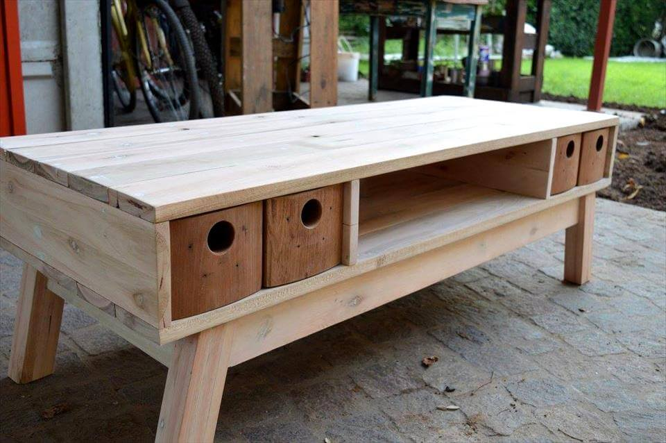 Retro pallet tv stand with mini drawers 99 pallets for Table exterieur palette