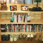 Pallet Shelf Unit / Pallet Entryway Side Table