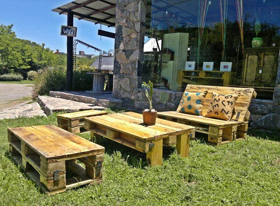 Wooden pallet outdoor seating