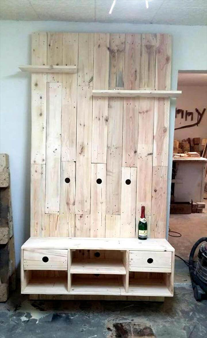 rustic wooden pallet TV wall