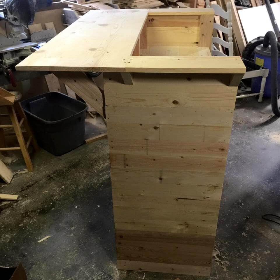 Upcycled Pallet Bar Table