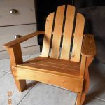 DIY Upcycled Pallet Adirondack Chair