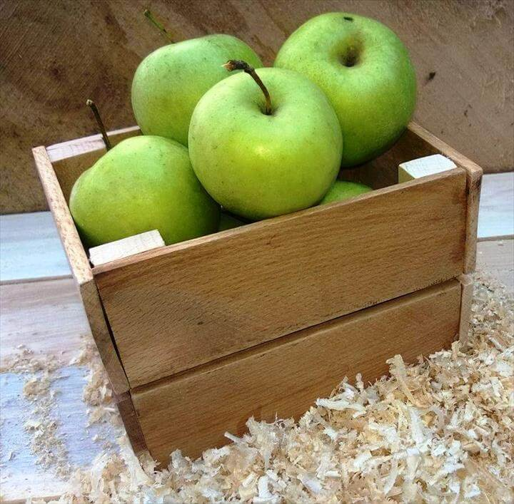 recycled pallet fruit box