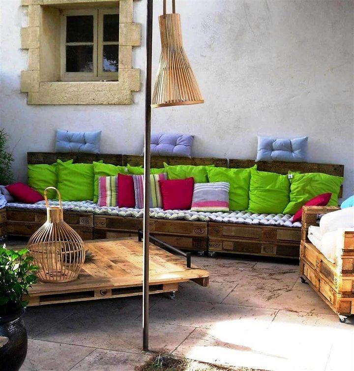 reclaimed pallet patio sofa set