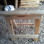 DIY Pallet Trestle Legs for Tables