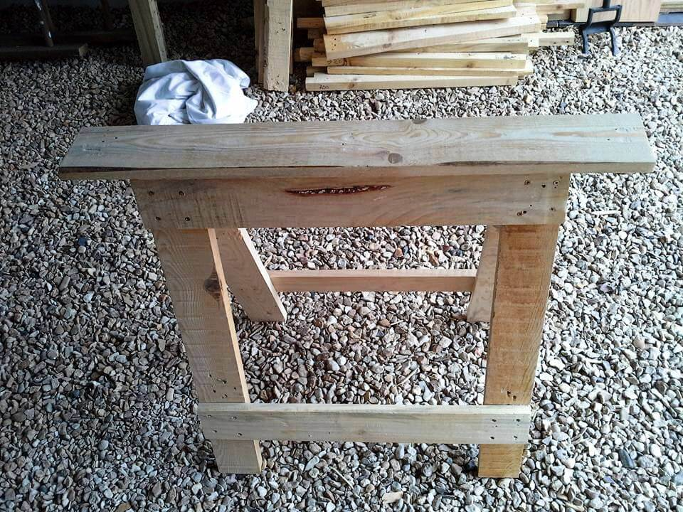 recycled pallet trestle legs