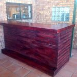 Custom Pallet Bar Furnishing