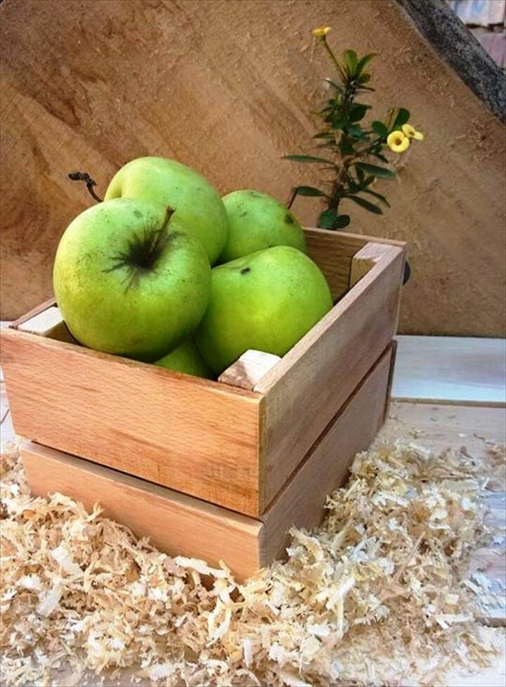 wooden pallet fruit box