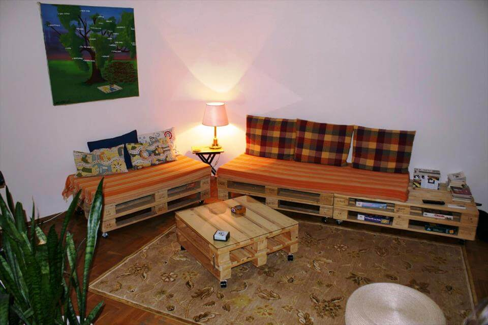 pallet living room sofa and coffee table