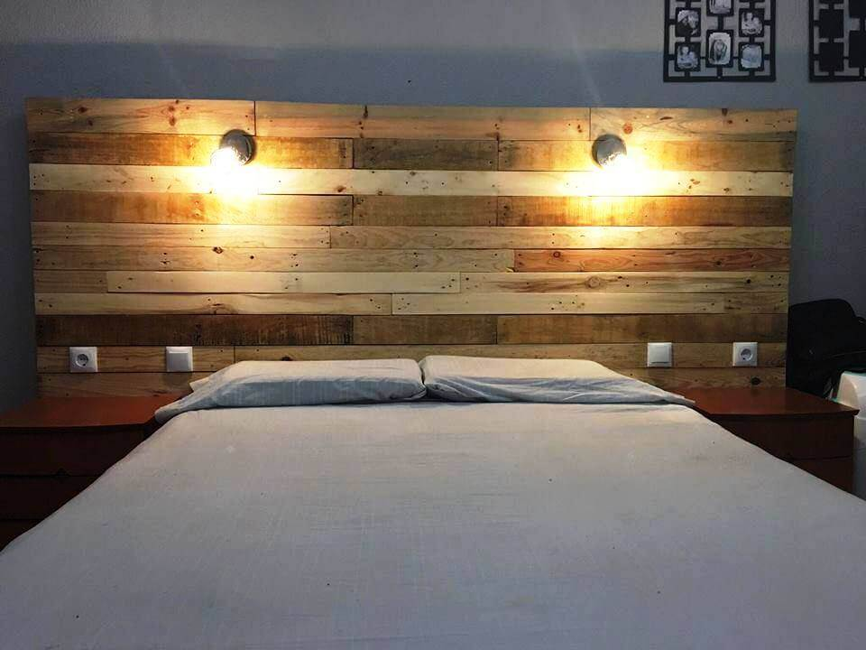 reclaimed wooden pallet headboard with lights