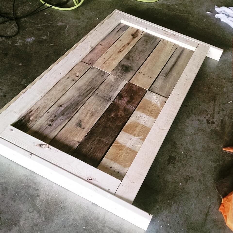 reclaimed wooden pallet headboard