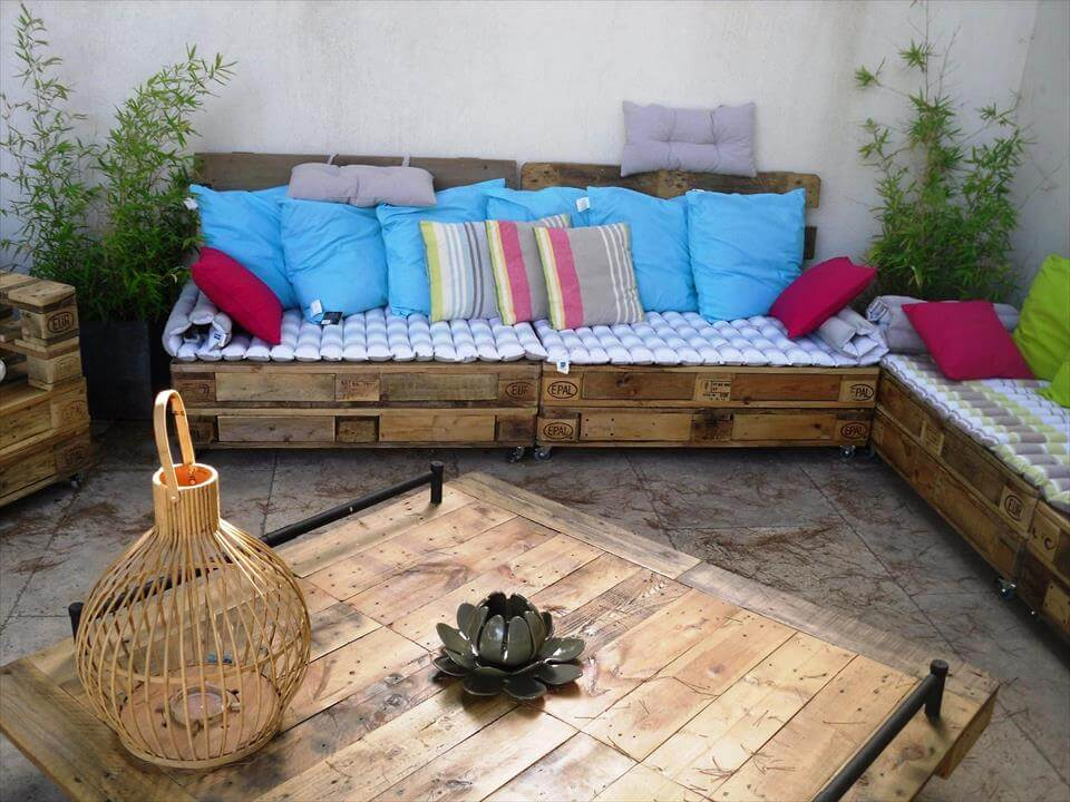 repurposed pallet terrace furniture
