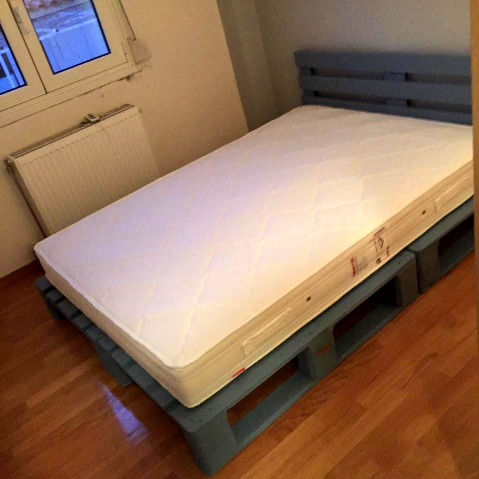 10 Ideas About Pallet Bed Frames 99 Pallets