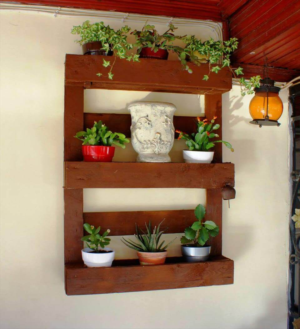 cute pallet made pot organizer for walls