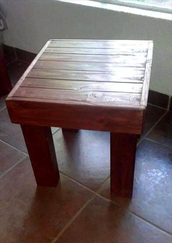 simple and cute pallet stool