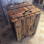 DIY Wood Pallet Trash Bin