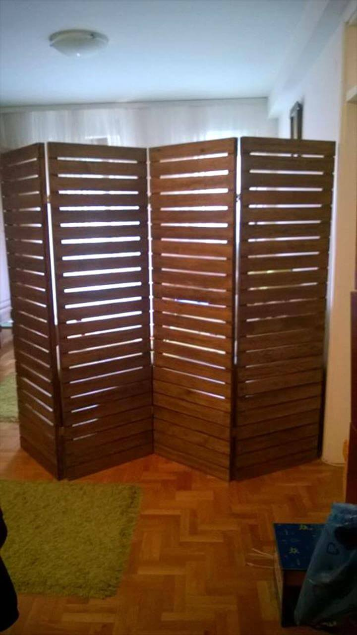 Upcycled Pallet Room Divider | 99 Pallets on Pallet Room  id=70887
