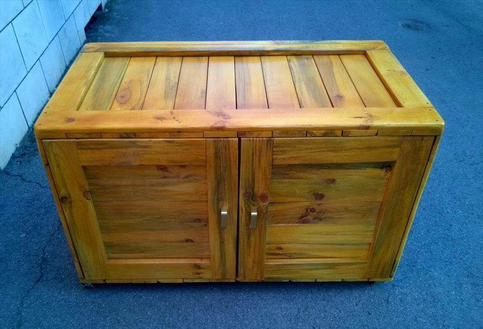 sideboard or dresser made with pallets