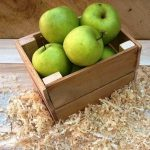 DIY Pallet Box for Fruits and Breads