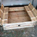 DIY Pallet Sandbox or Sand Pit for Kiddies