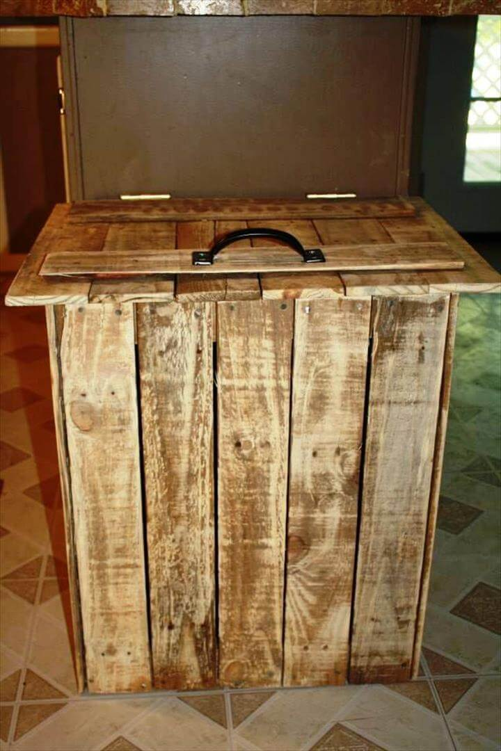 reclaimed pallet trash