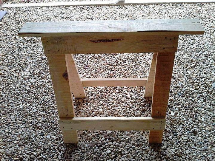 repurposed wooden pallet trestle legs