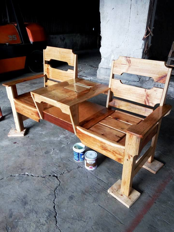 lovely pallet double chair bench