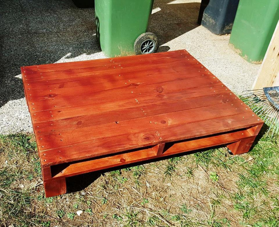 hand-built wooden pallet coffee table on wheels